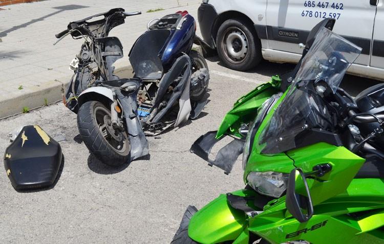 Un herido muy grave en el choque de dos motos en la avenida de Portugal