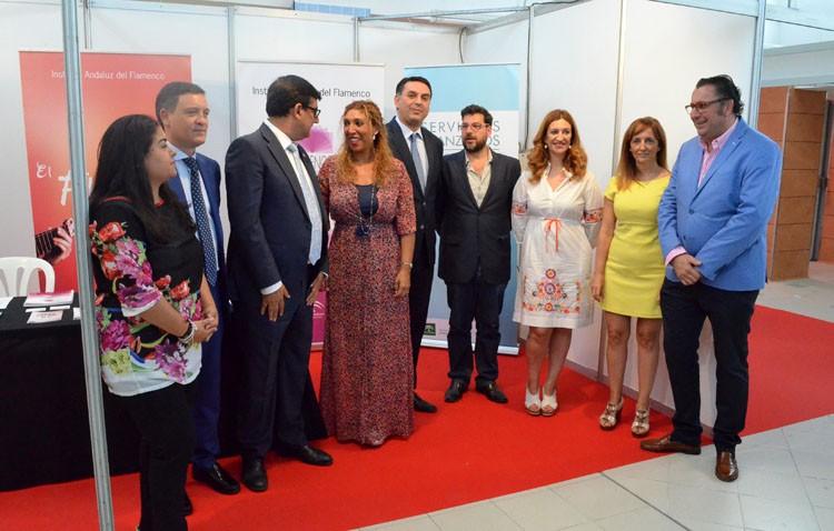 Un punto de encuentro para profesionales y aficionados en la Feria de Industrias Culturales del Flamenco