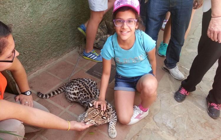 Los jóvenes de Apdis se marchan de visita al zoo