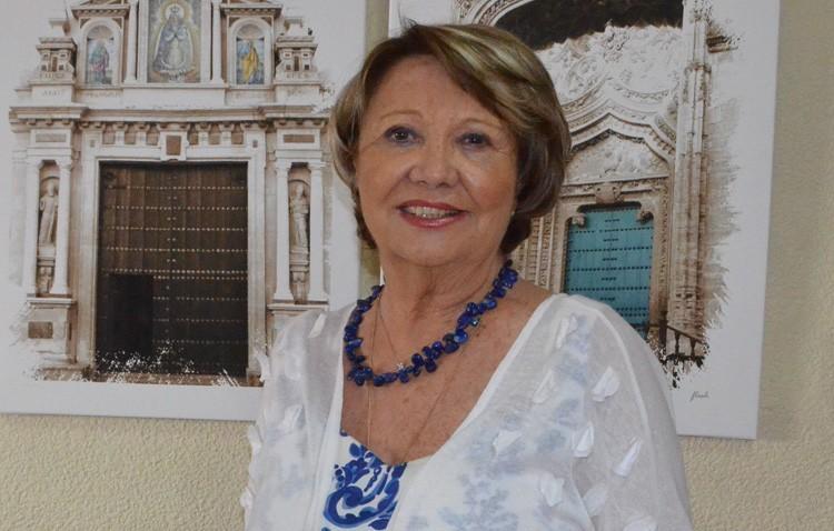 Loli Sánchez, maestra y presidenta de Cruz Roja Utrera, pionera en el campo asociativo