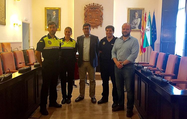 Dos nuevos agentes se incorporan a la plantilla de la Policía Local de Utrera