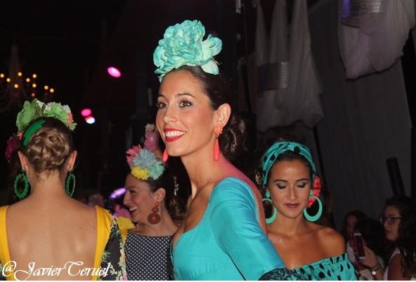 Éxito del desfile de moda a beneficio de la asociación contra el cáncer de Utrera
