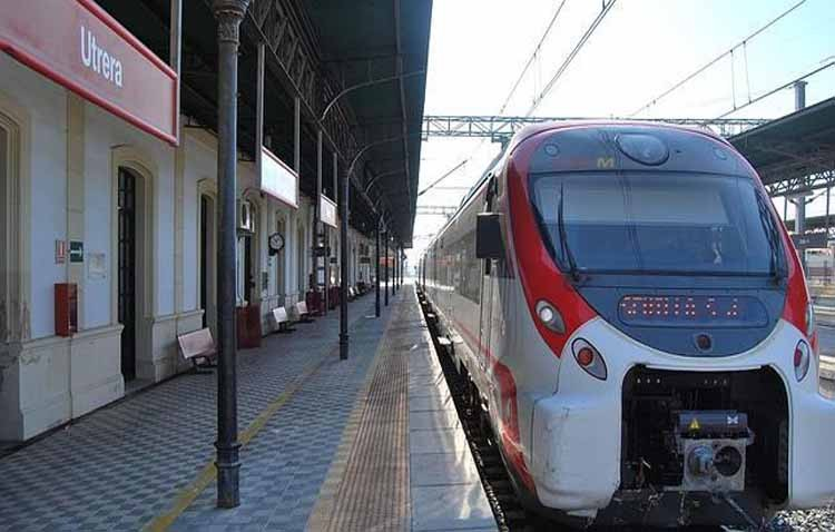 Adif licita la adecuación de las líneas de alta tensión de la línea Sevilla-Cádiz incluyendo la de Utrera