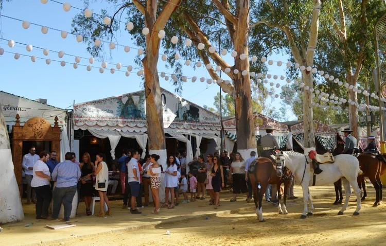 Utrera quema las últimas horas de su Feria de Consolación, que culminará con el espectáculo de fuegos artificiales