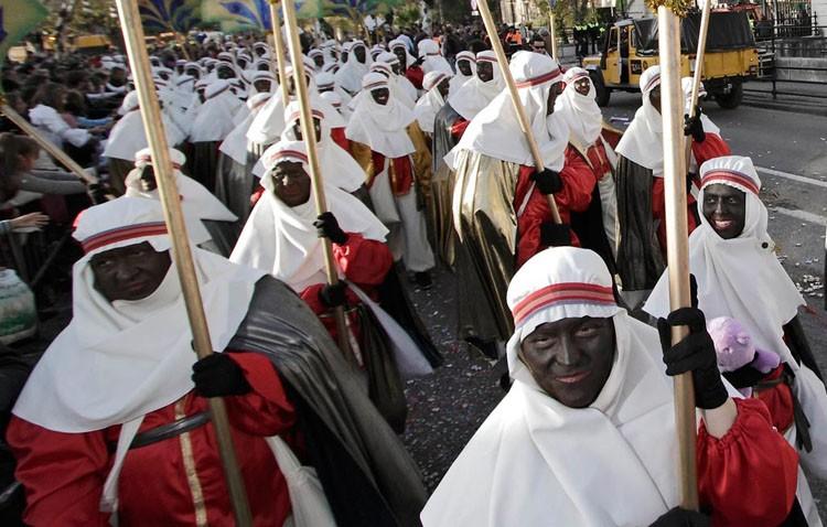 El Heraldo Real de Utrera busca beduinos