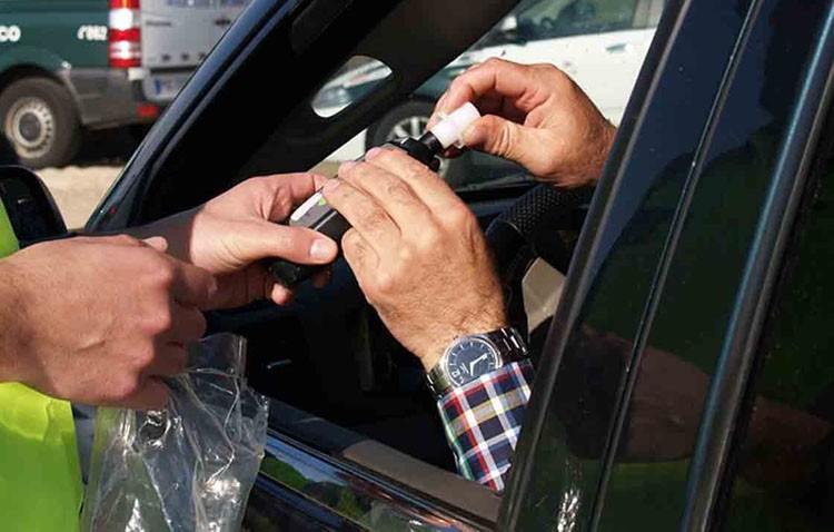 Una campaña de controles para luchar contra las drogas y el alcohol al volante
