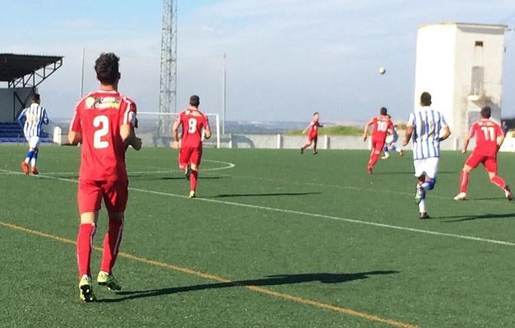 R.C.R.HUELVA 2 – 0 C.D.UTRERA: Los errores arbitrales condenan a un equipo que sigue sin encontrarse a domicilio