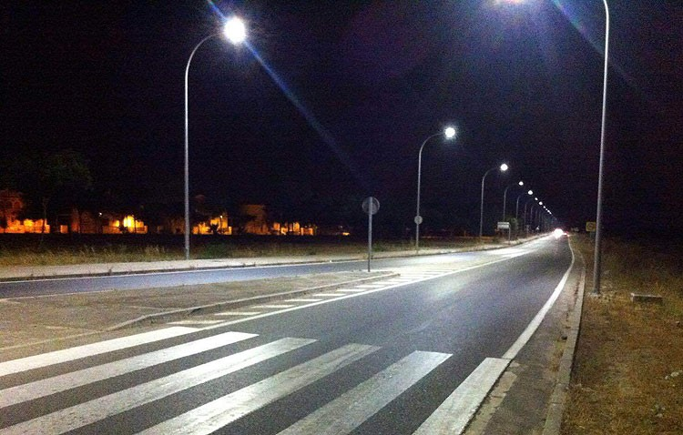 Cuatro empresas ejecutarán la renovación del alumbrado urbano de Utrera y sus pedanías