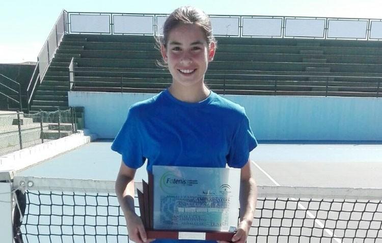La tenista Claudia Camúñez, nueva campeona de Andalucía