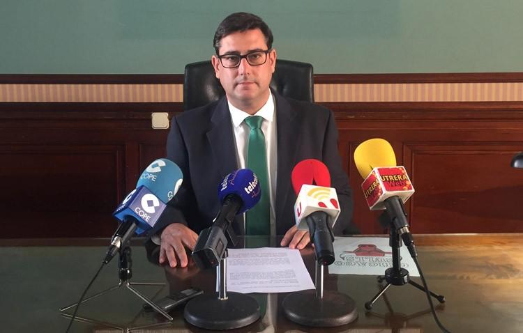 El PA denuncia el gasto de 240.000 euros en «autobombo» del gobierno local