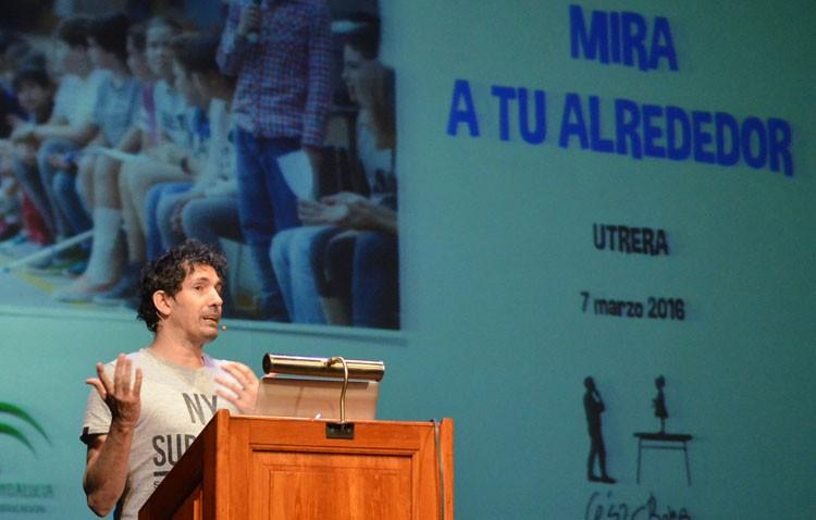 El mejor profesor de España apuesta en Utrera por «escuchar a los niños» para mejorar la educación (AUDIO)