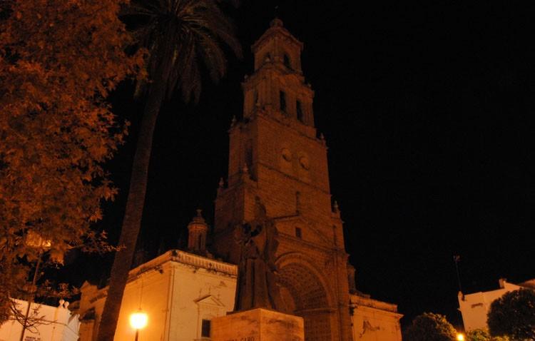 Ayuntamiento, Santa María, Santiago y Consolación apagarán su iluminación por «La hora del planeta»