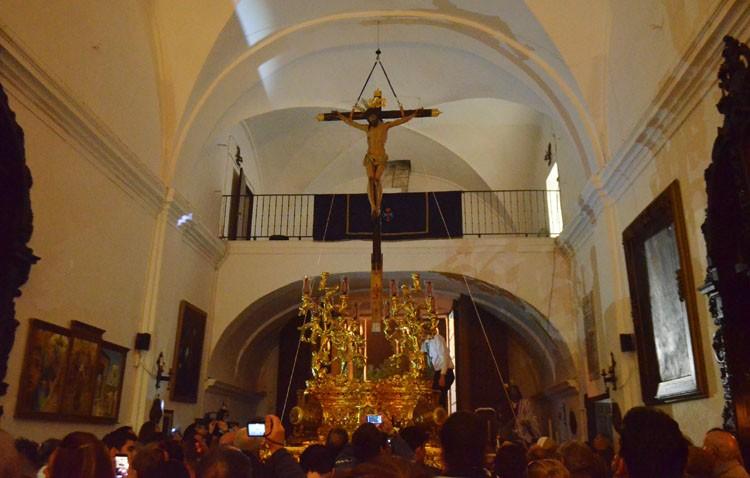 Vía crucis y traslado del Cristo de los Afligidos a su paso