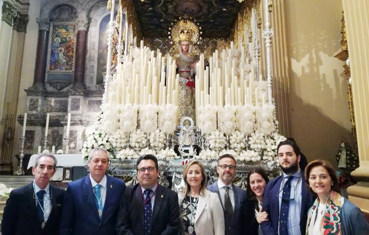 La patrona de Utrera, presente en la Semana Santa de Sevilla