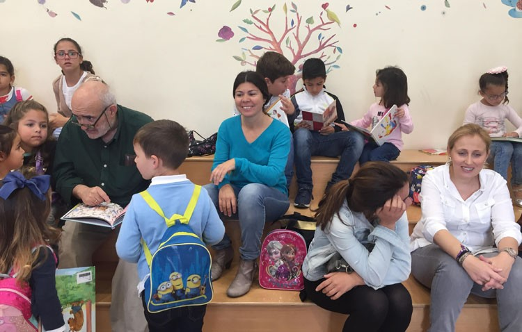 Los escolares, protagonistas del Día del Libro en la biblioteca municipal