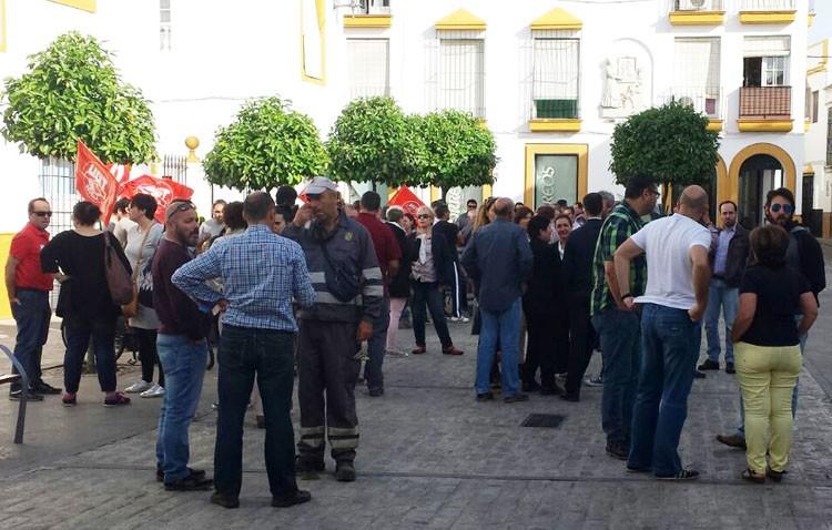 El gobierno local niega el recorte de derechos que todos los sindicatos del Ayuntamiento están denunciando