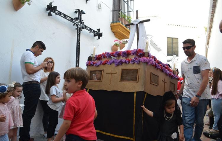 El certamen de cruces de mayo inundará de «pasitos» un año más las calles de Utrera