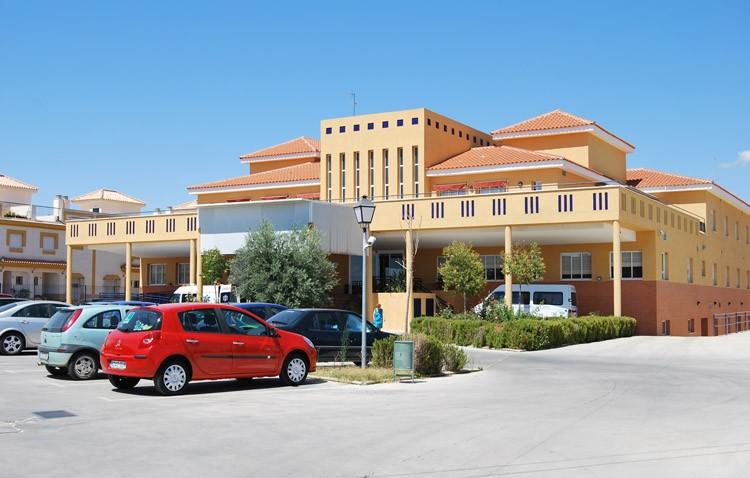 El Ayuntamiento de Utrera ofrece estancia temporal a mayores dependientes para dar un respiro a sus cuidadores