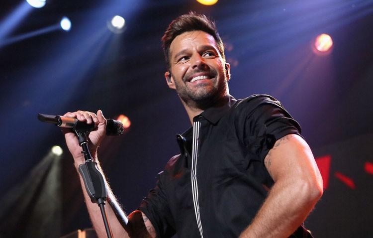 El bus-rock llevará a los utreranos al concierto de Ricky Martin en Sevilla