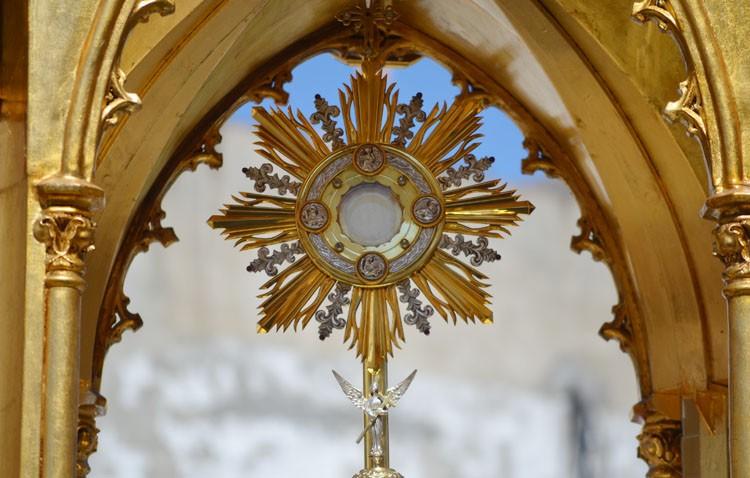 La parroquia de San José organiza esta semana sus cultos al Santísimo Sacramento