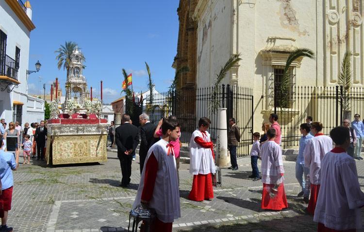 Las obras en la parroquia de Santa María provocan varios cambios destacados en la procesión del Corpus Christi