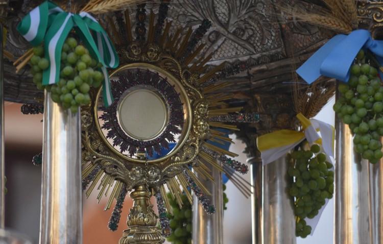 Tarde de «Corpus Chico» desde la parroquia de Santiago el Mayor