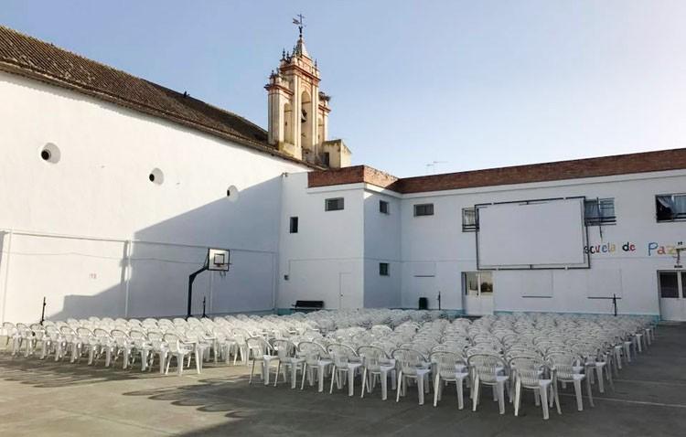 El cine de verano regresa al colegio Rodrigo Caro con más de 40 películas