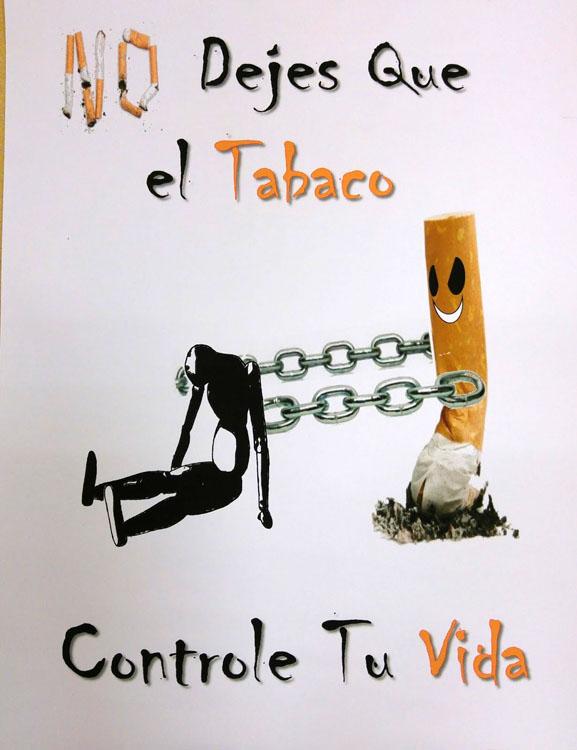 Jovenes Utreranos Ofrecen Con Carteles Una Docena De Razones Para