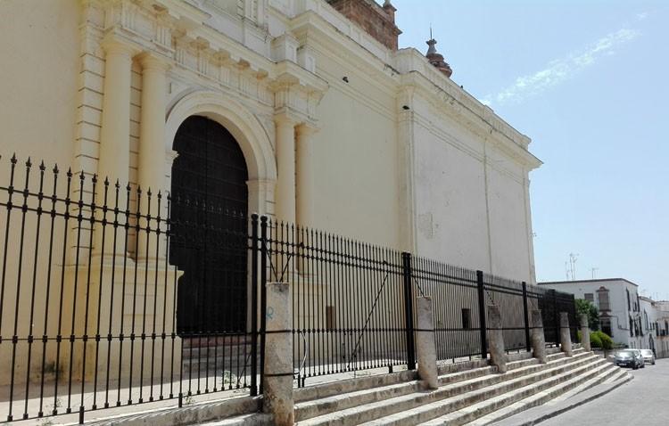 La iglesia de Santa María continuará con su rehabilitación sacando también a la luz su Puerta de la Sombra