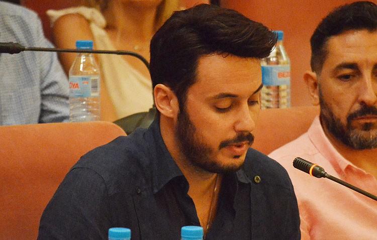 El andalucista Joaquín Colchón renuncia a su acta de concejal debido a «nuevos retos profesionales»