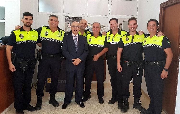 El fiscal jefe de Seguridad Vial muestra su colaboración a la Policía Local de Utrera