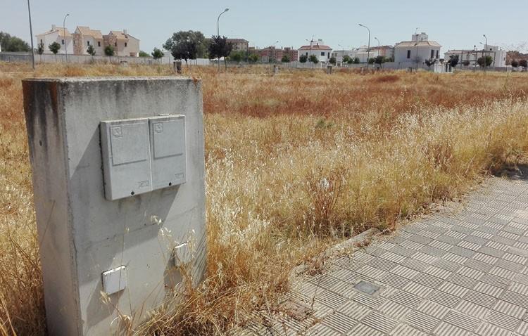 El Ayuntamiento ejecuta la limpieza de cuatro solares en 2017