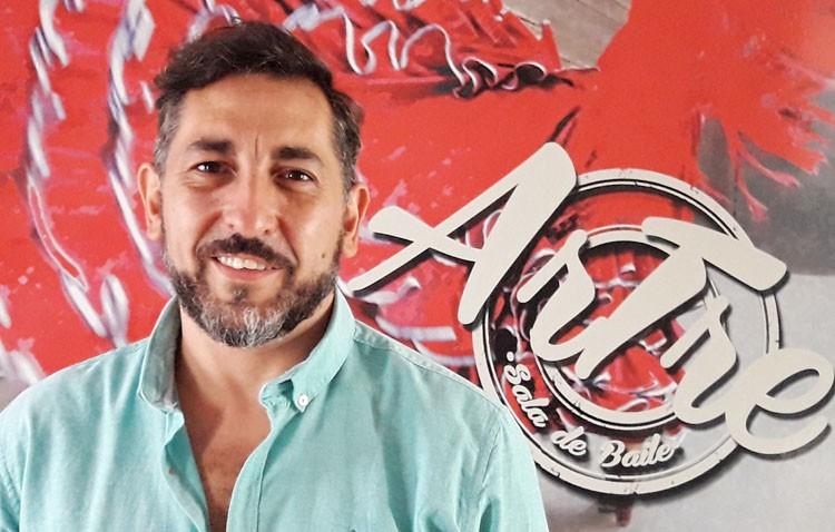 El utrerano Francisco Arjona, más de tres décadas dedicado al baile