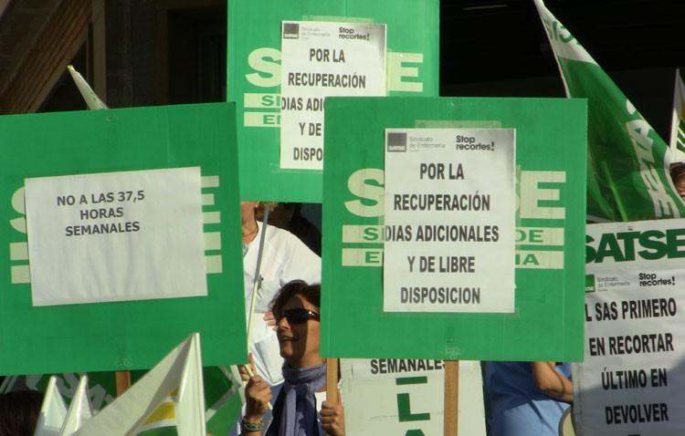 Los sindicatos denuncian «graves irregularidades» en la bolsa de empleo de la Agencia Pública que gestiona el Hospital de Utrera
