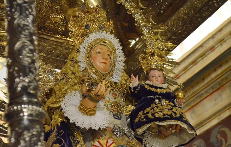 Utrera conmemora la coronación canónica de la Virgen de Consolación con una procesión anual de recorrido inédito
