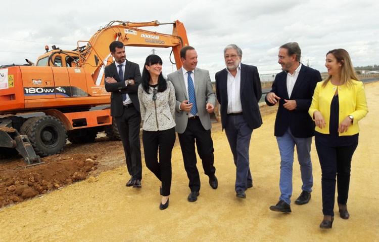 Activados los desvío de tráfico en la carretera Alcalá-Dos Hermanas para avanzar en la construcción de la autovía