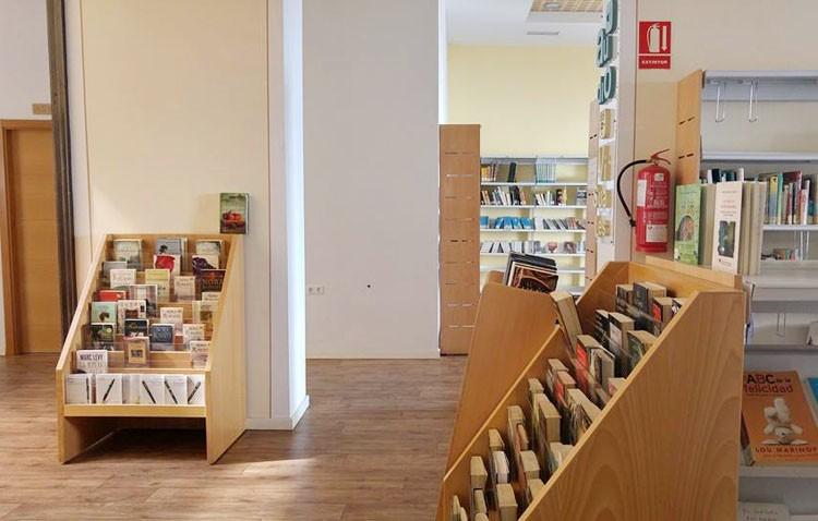 El «Día de la Biblioteca» programa un mercadillo solidario para lograr un bibliobús en India