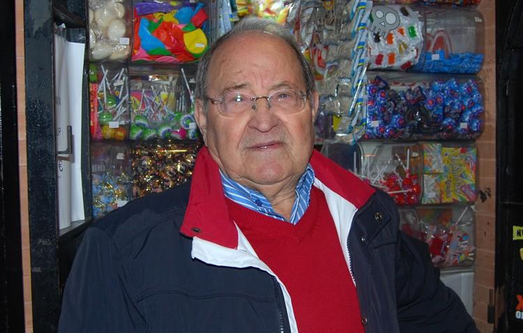 Fallece el utrerano Diego Barragán, el «alma» del popular «Quiosco Rosita»
