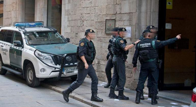 Media docena de guardias civiles de Utrera, «desamparados» en Cataluña (VÍDEO)