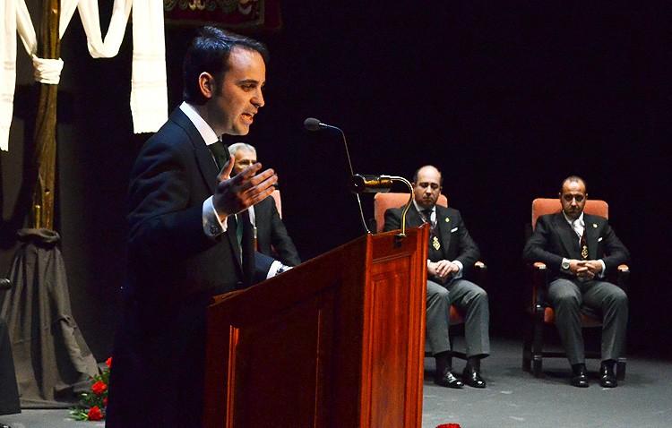 Juan Gutiérrez, presentador del pregonero de la Semana Santa de Utrera en 2018