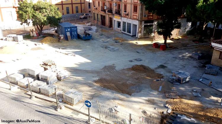 Un año de obras en Pío XII, con un nuevo incumplimiento y media plaza aún por terminar