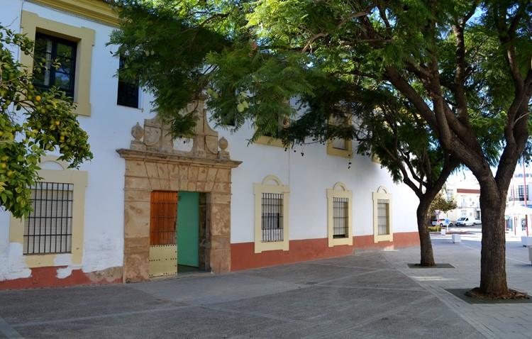 El gobierno local se niega a reclamar a la Junta la rehabilitación del antiguo cuartel de caballería del siglo XVI