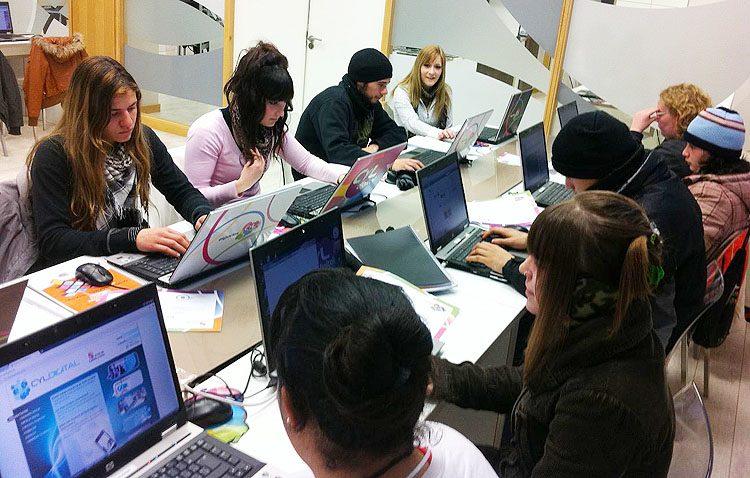 Dos escuelas-taller y un taller de empleo para personas en paro de Utrera