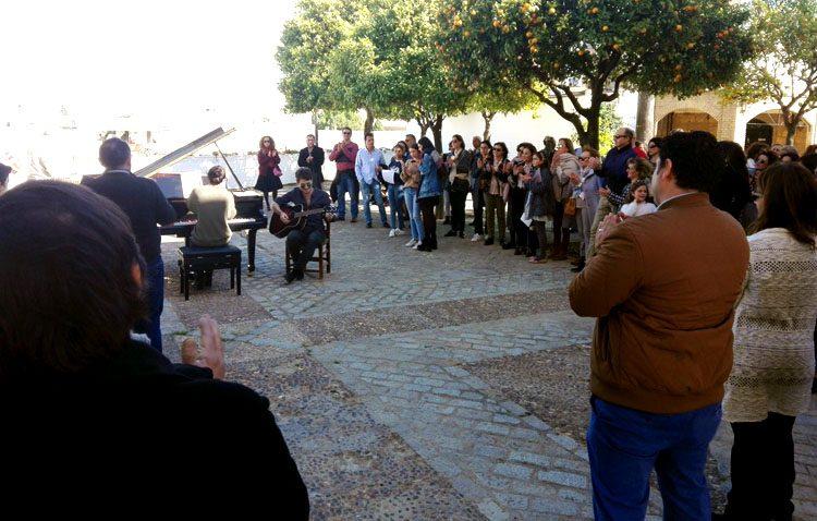 El PSOE felicita al gobierno del PSOE-IU por el «éxito» del día de la música