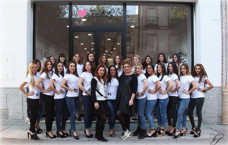 Las mujeres más guapas de Utrera se dan cita en el certamen de belleza «Miss Grand Utrera»