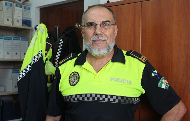 La historia de Alfredo García, un policía local de Utrera que fue herido de gravedad al recibir dos disparos en un atraco a un banco