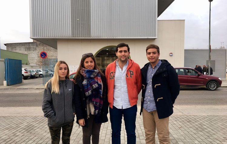 El centro de Olivareros «contará con un nuevo sistema de conexión a internet gracias a Nuevas Generaciones del PP»