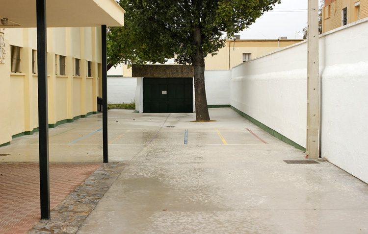 Obras de conservación y mantenimiento en los colegios públicos de Utrera