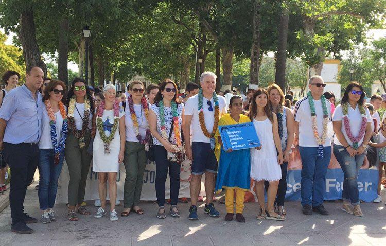 Una marcha solidaria de los colegios para construir una escuela en India