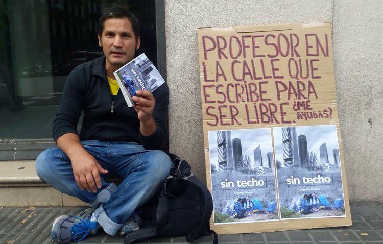 El activista Lagarder Danciu visita Utrera para presentar su libro «Sin techo»